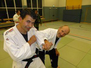 Neuer DTB-Jugendtrainer Marco Snieders mit Sportreferent Franz Pape beim Training
